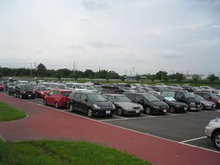 北門側駐車場